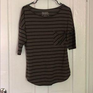 Olive + Black stripe half sleeve - L